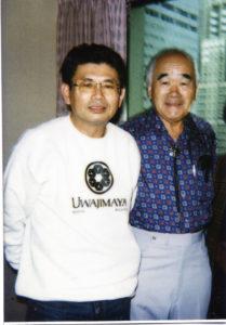 ノリオ・ミツオカ氏(右)